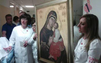 La Madonna dell'Elemosina visita l'Ospedale cittadino