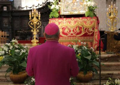 03-10-18-madonna-elemosina-in-cattedrale16