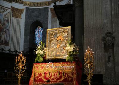 03-10-18-madonna-elemosina-in-cattedrale2