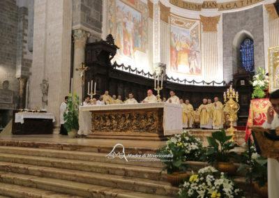 03-10-18-madonna-elemosina-in-cattedrale26