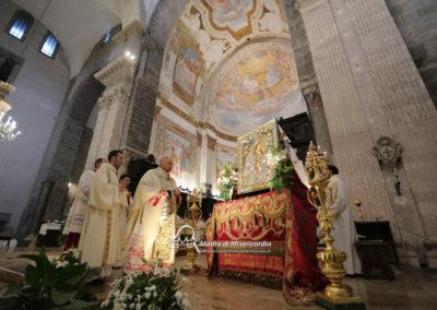 03-10-18-madonna-elemosina-in-cattedrale28