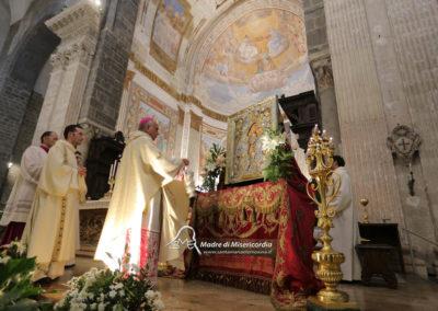 03-10-18-madonna-elemosina-in-cattedrale29