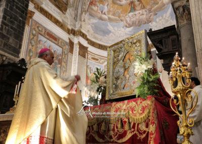 03-10-18-madonna-elemosina-in-cattedrale30