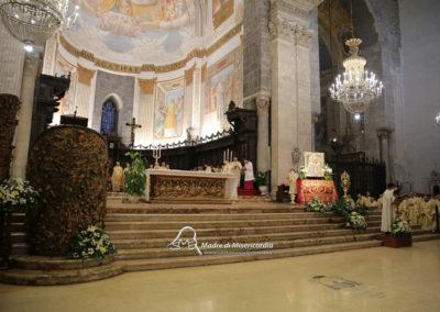 03-10-18-madonna-elemosina-in-cattedrale32