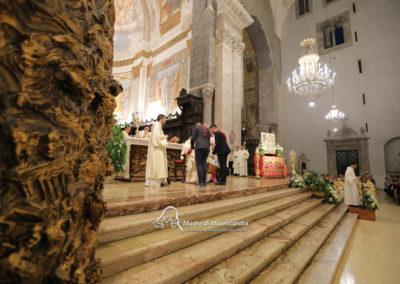 03-10-18-madonna-elemosina-in-cattedrale40