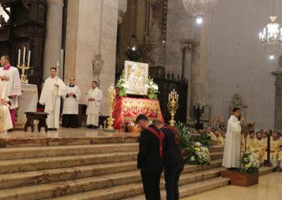 03-10-18-madonna-elemosina-in-cattedrale41