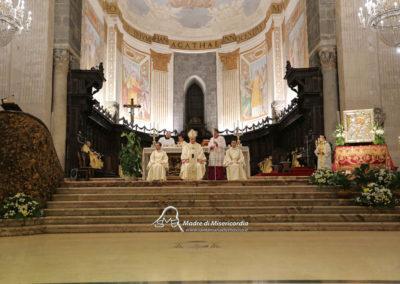 03-10-18-madonna-elemosina-in-cattedrale43