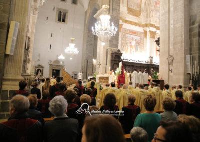 03-10-18-madonna-elemosina-in-cattedrale45
