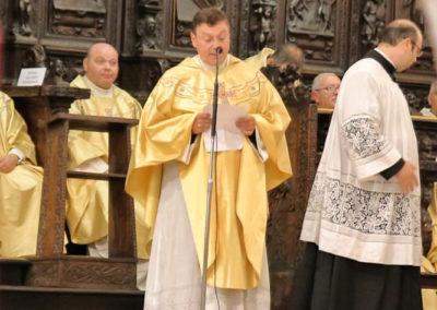 03-10-18-madonna-elemosina-in-cattedrale47