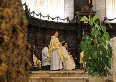 03-10-18-madonna-elemosina-in-cattedrale50