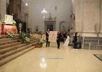 03-10-18-madonna-elemosina-in-cattedrale52