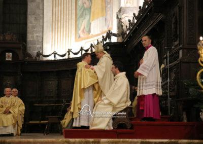 03-10-18-madonna-elemosina-in-cattedrale53