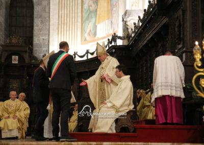 03-10-18-madonna-elemosina-in-cattedrale54