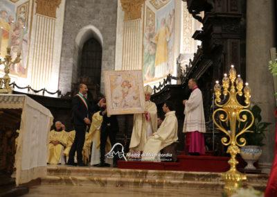 03-10-18-madonna-elemosina-in-cattedrale56