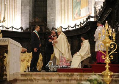 03-10-18-madonna-elemosina-in-cattedrale60