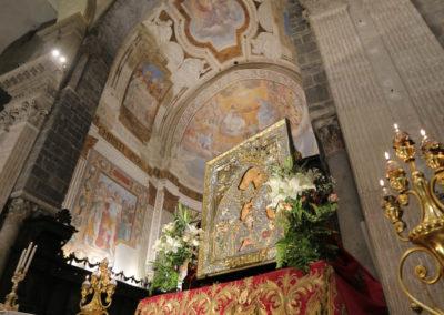 03-10-18-madonna-elemosina-in-cattedrale71
