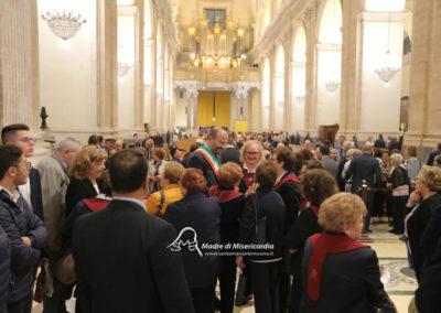 03-10-18-madonna-elemosina-in-cattedrale73
