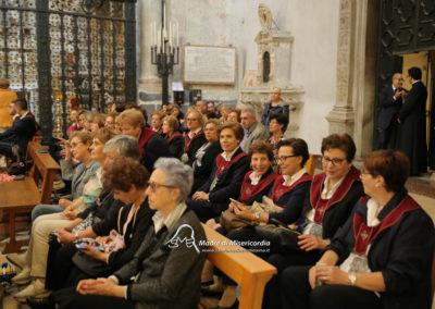 03-10-18-madonna-elemosina-in-cattedrale8