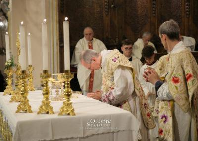 celebrazione-eucaristica-mons-marini100