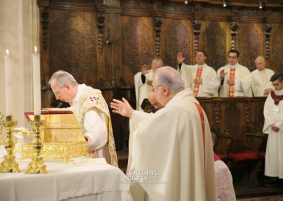 celebrazione-eucaristica-mons-marini120