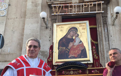 La Madonna dell'Elemosina torna a Catania. Ad accoglierla la Comunità dei Minoritelli e del S. Filippo Neri. Sosta presso le Benedettine di via dei Crociferi.