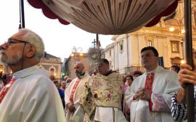 DOMENICA 23 GIUGNO IL CORPUS DOMINI CITTADINO A BIANCAVILLA