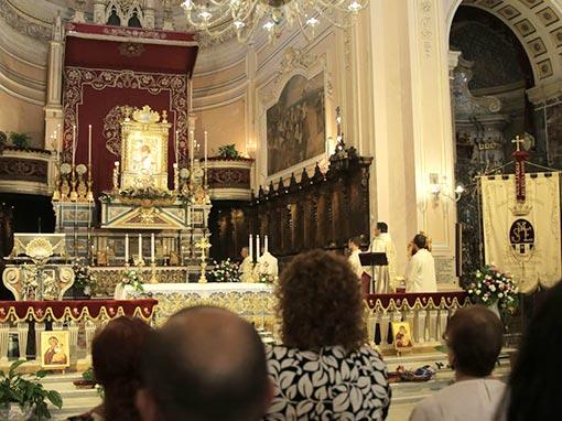S. Messa Capitolare e discesa dell'Icona dall'altare maggiore