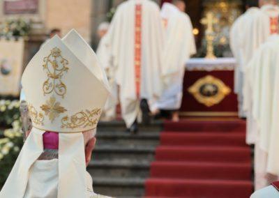 pontificale51